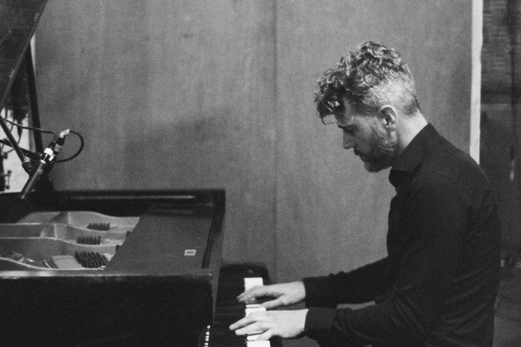 DeLange piano